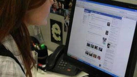 Empoli, uno sportello per gli schiavi dei socialnetwork