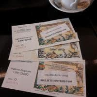 Firenze, il biglietto vintage degli Uffizi: torna in Lire per un guasto al pc
