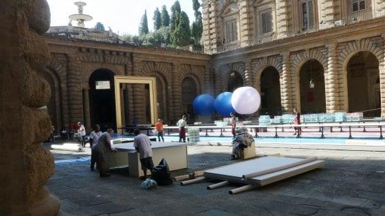 """Firenze: l'addio al celibato invade Palazzo Pitti. """"Mercificare la bellezza è un delitto imperdonabile"""""""