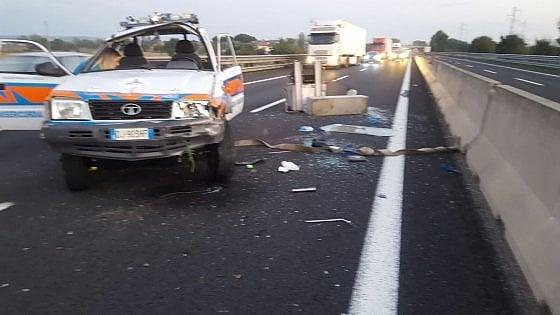 Da Viareggio ad Amatrice, incidente in A1 per due volontarie delle Misericordia
