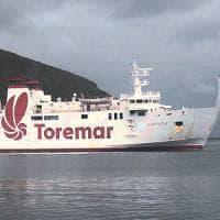Livorno, scontro tra peschereccio e traghetto. Un ferito