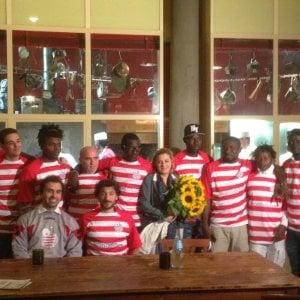 Fiorentini e migranti insieme in campo: nasce il Teatro del Sale Football Club