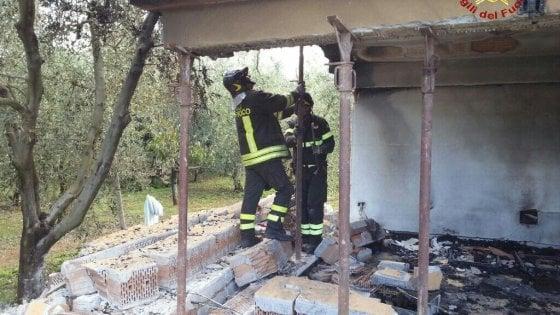 Esplosione in un appartamento a Donoratico: due ustionati gravi