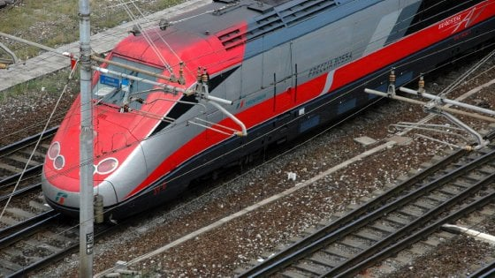 """Tav, Nardella: """"Con i soldi risparmiati riqualificare le stazioni di Firenze"""""""
