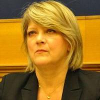 Siena, l'ex deputata radicale Bernardini assolta dall'accusa di coltivazione e cessione di...