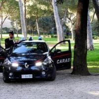 Calenzano, tenta di violentare prostituta: lei, judoka, lo picchia