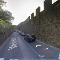 Maltempo, cadute pietre dalle Rampe a Firenze: viale a senso unico
