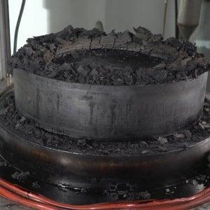 Firenze il forno a microonde per smaltire pneumatici e - Mobiletto per forno microonde ...