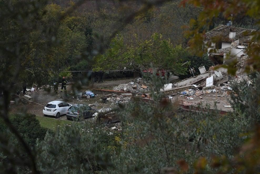 Bagno a ripoli la casa esplosa la mattina dopo il crollo 1 di 1