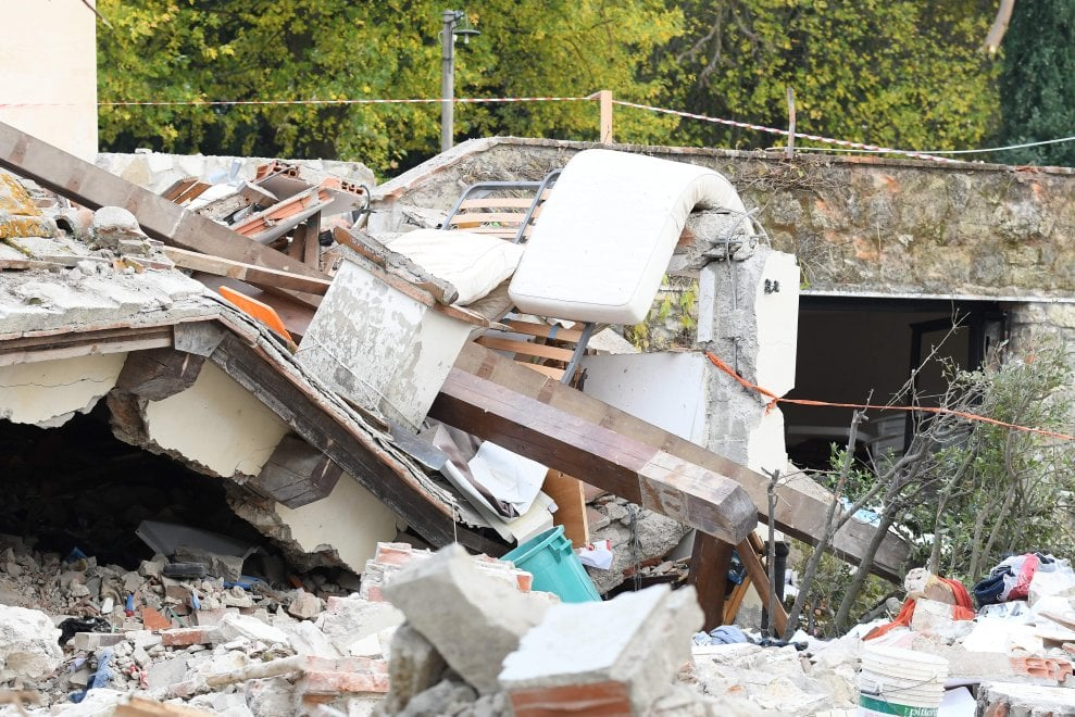 Bagno a ripoli la casa esplosa la mattina dopo il crollo - Bagno a ripoli casa ...