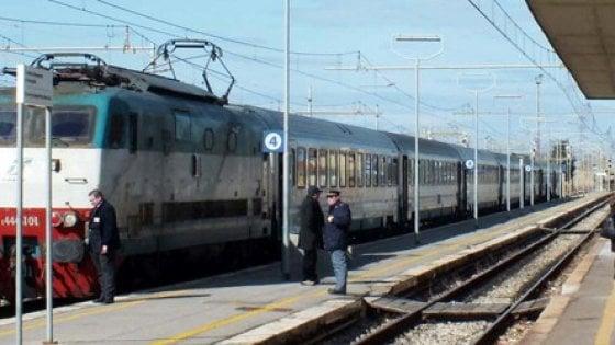 """Toscana, l'allarme dei sindacati: """"Quattro Intercity a rischio taglio"""""""
