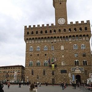 Firenze, via al processo agli hotel che non versavano la ...