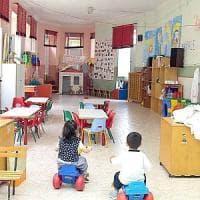 Prato, morsi e graffi alla scuola materna: bimbi terrorizzati dai compagni violenti