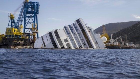 """Concordia, 5 anni fa il naufragio. Il fratello di una vittima: """"Grazie al Giglio più di 4.200 persone sono vive"""""""