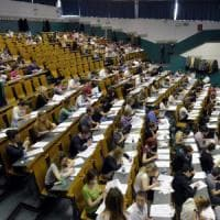 """La lettera dei 600 docenti universitari al governo: """"Molti studenti scrivono male,..."""