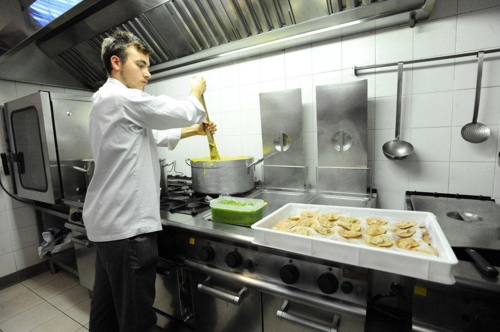 Firenze alla fiera del cioccolato lo chef cucina il - Cucina 16 firenze ...