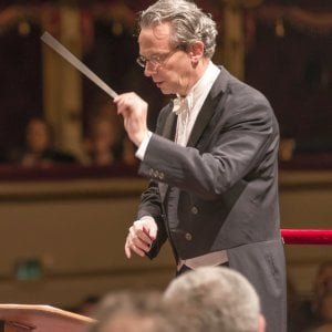 """Maggio Musicale Fiorentino, inizia l'era del direttore Luisi: """"Un dovere morale ritornare in Italia"""""""