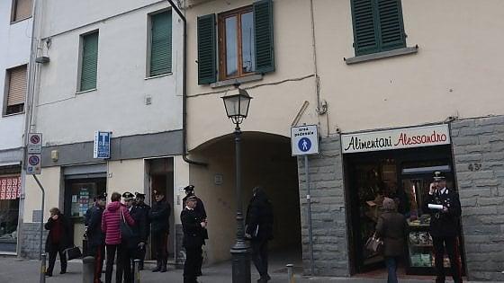 Firenze, uccide moglie e figlia disabile col fucile da caccia e poi si spara
