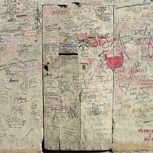Firenze, Maroccolo fa da guida ai fan nella cantina dove nacquero i Litfiba