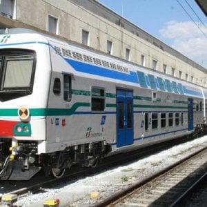 """Olio sui binari della Pisa-Firenze, due treni """"scivolano"""" e non si fermano in stazione a San Miniato"""