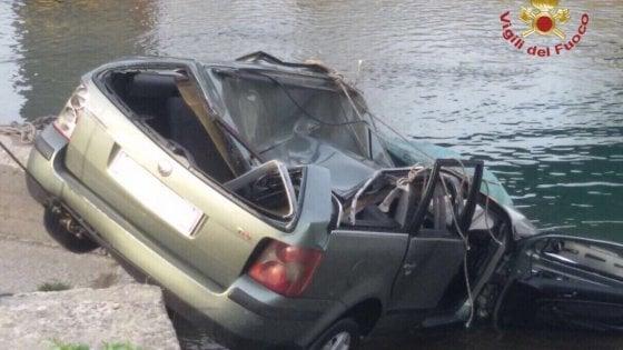 San Giuliano Terme, trovato il corpo del terzo viaggiatore sull'auto volata giù dal ponte