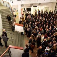 Firenze, all'Università la lapide per le tre studentesse morte sul bus Erasmus