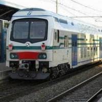 Travolto in stazione da treno merci: ferrovia in tilt nel Valdarno