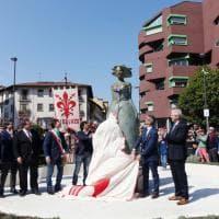 """Benvenuta """"Fiorenza"""", in piazza San Iacopino arriva la statua di Talani"""