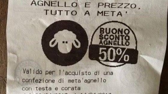 """Agnelli in promozione sullo scontrino Coop. Rivolta degli animalisti: """"Facciano offerte anche su prodotti alternativi"""""""