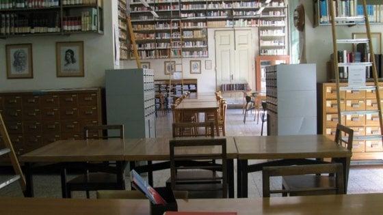 Firenze, la bibliotecaria va in pensione: e l'archivio dell'800 rischia la chiusura