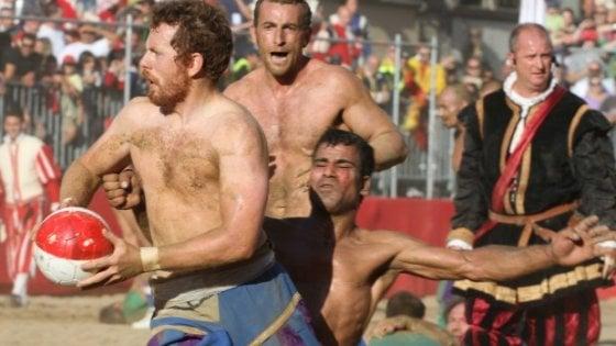 """Calcio storico a Firenze: arrivano i biglietti """"top"""""""