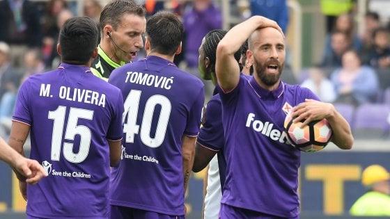 Finale amarissimo della Fiorentina, il derby all'Empoli con un rigore dell'ex Pasqual