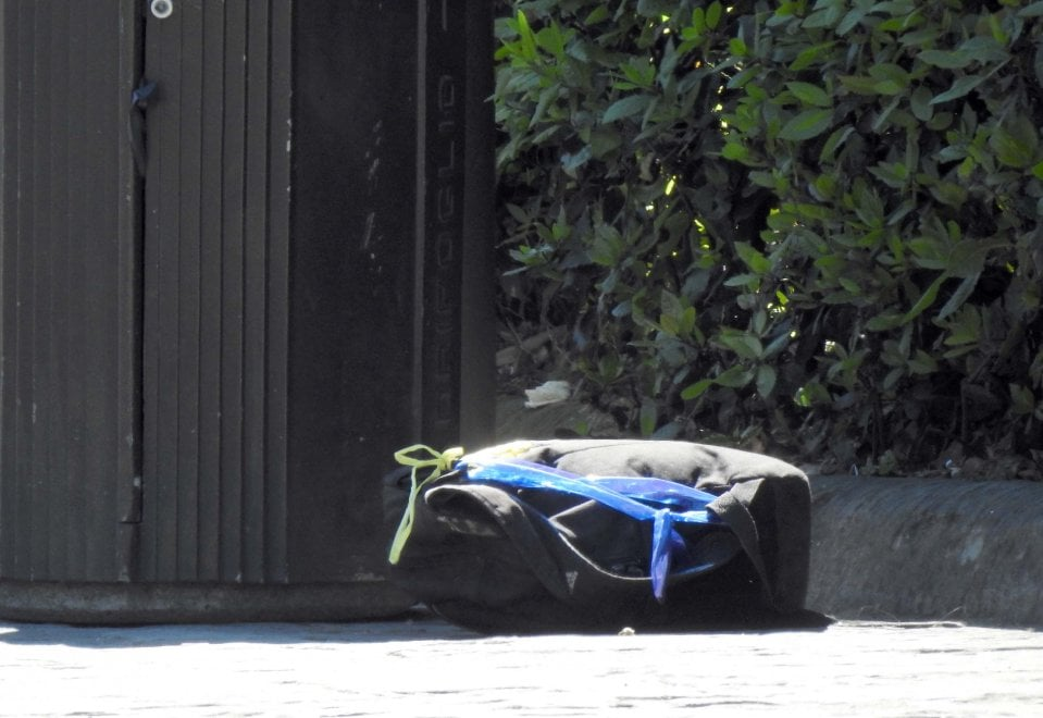 Zaino abbandonato, scatta l'allarme bomba in piazza Indipendenza