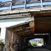 Prato, troppe crepe sul viadotto dell'A11: l'allarme dei residenti