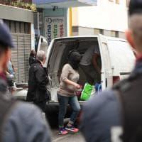 Firenze, sgomberato l'hotel degli immigrati: dentro soltanto una ventina di donne