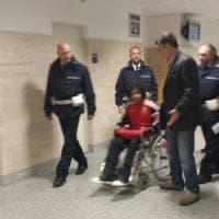 Botte  al detenuto:  indagati quattro agenti del carcere di Prato