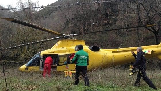Massa Carrara, escursionista precipita sulle Apuane e muore