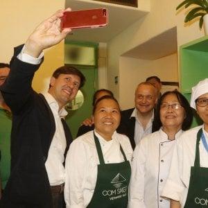 Firenze L Ambasciatore Inaugura Il Primo Ristorante Vietnamita