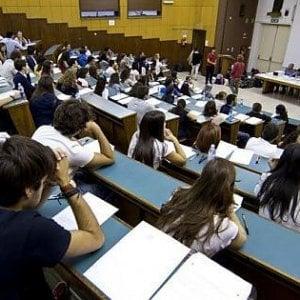 Toscana: per il diritto allo studio via il debito, ma tagli per il futuro