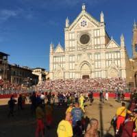 Calcio Storico a Firenze, ferito l'arbitro partita sospesa fra Azzurri e