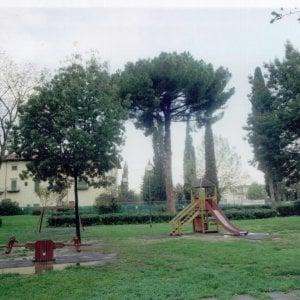 Firenze, bimba di 5 anni al Meyer: punta al piede da una siringa al parco