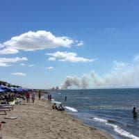 Incendi, a Capalbio evacuato un camping