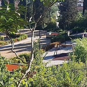 Scandalo verde: giardino di via del Gelsomino pronto ma chiuso da sei anni