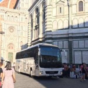 """Firenze, stangata per i bus turistici che """"bucano"""" la ztl"""