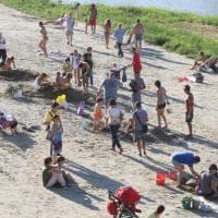 Sfida all'ultimo granello: alla spiaggia sull'Arno il torneo dei castelli di sabbia
