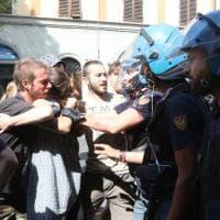 Firenze, tensione in viale Corsica: per il taglio degli alberi interviene la celere