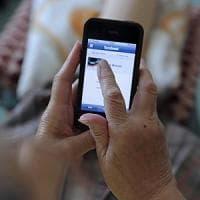 Sesto Fiorentino, avvertito dall'alert dallo smartphone fa arrestare 4 ladri