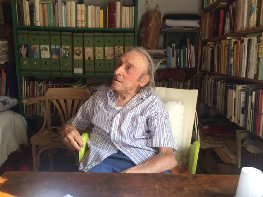 Cetona, gli auguri a teatro per i 90 anni di solitudine di Guido Ceronetti