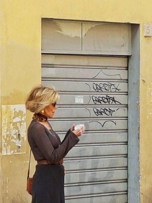 """Jane Fonda a spasso per Firenze? """"Era lei, passeggiava in Santo Spirito"""""""