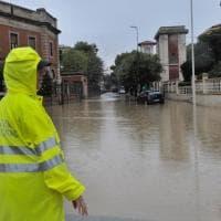 Livorno, la città sott'acqua: le immagini del nubifragio